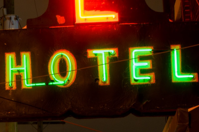 La Salle hotel sign