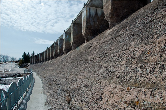 The lower side of the spillway, once a huge manmade waterfall