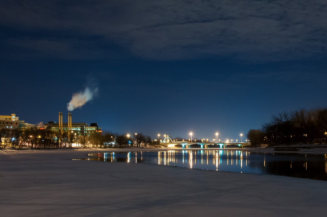 The Forks, wrapped in cold