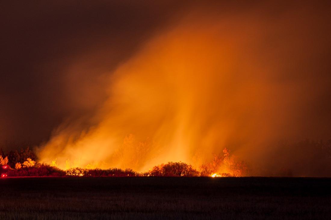 Grass fire – 6.0s f/6.3 ISO200