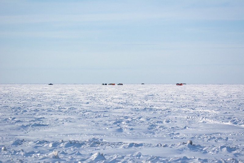 Lake Winnipeg ice fishing