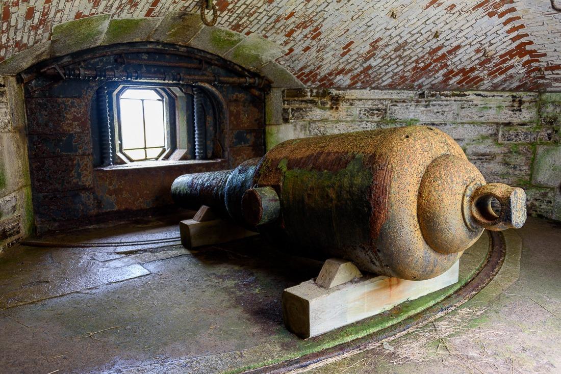 10 inch underground Rifle-Muzzle-Loading cannon