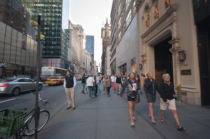 More people on Fifth Avenue