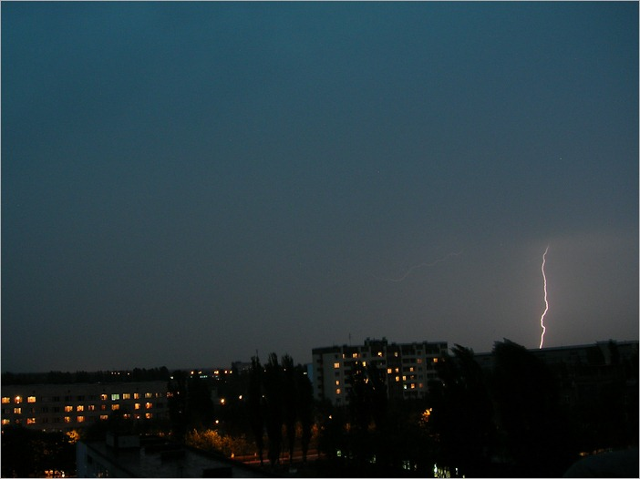 More lightning over Kiev