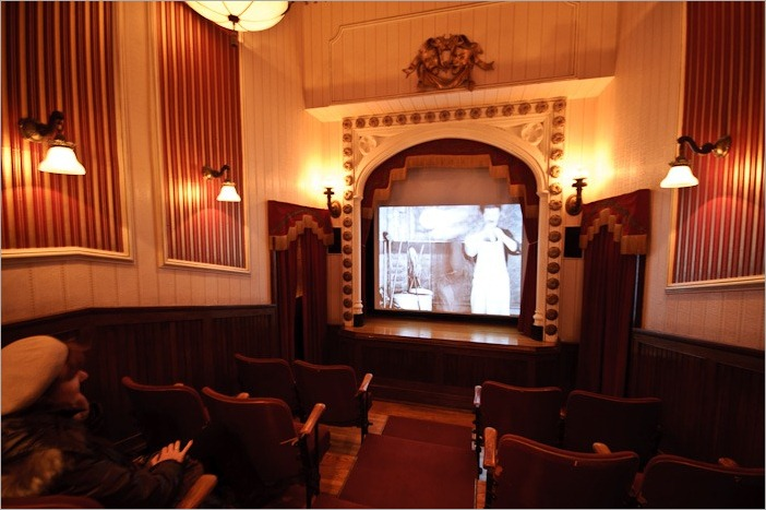 Charlie Chaplin in an original moving pictures theatre